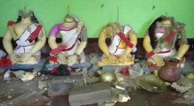 কিশোরগঞ্জের করিমগঞ্জে মন্দিরে হামলা ও ভাংচুরের ঘটনায় ৪ আসামীকে গ্রেফতার করেছে পুলিশ